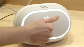 Google's Project Soli comes up with a prototye of gesture control chip