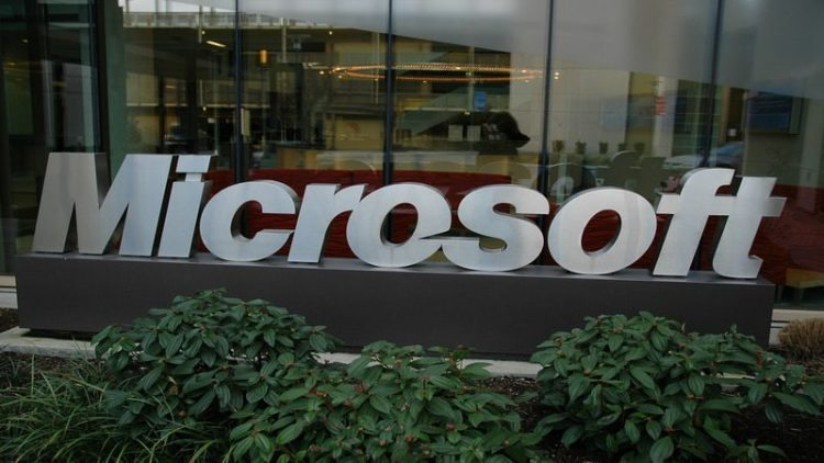Microsoft open-sources PowerShell and extends it to Linux